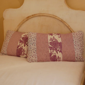 polstar fialovy dekorativní