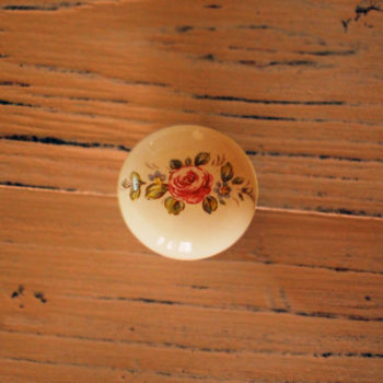 Knopka keramická Retro s květinkou