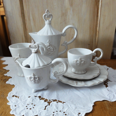 Korunkovy-porcelan-1