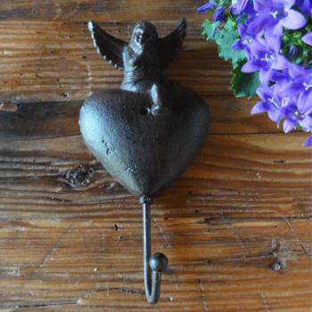 Háček-Anděl-a-srdce