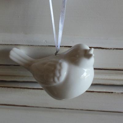 Porcelánový-ptáček-bílý-2